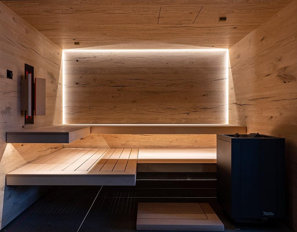 Blick gerade in die Sauna hinein