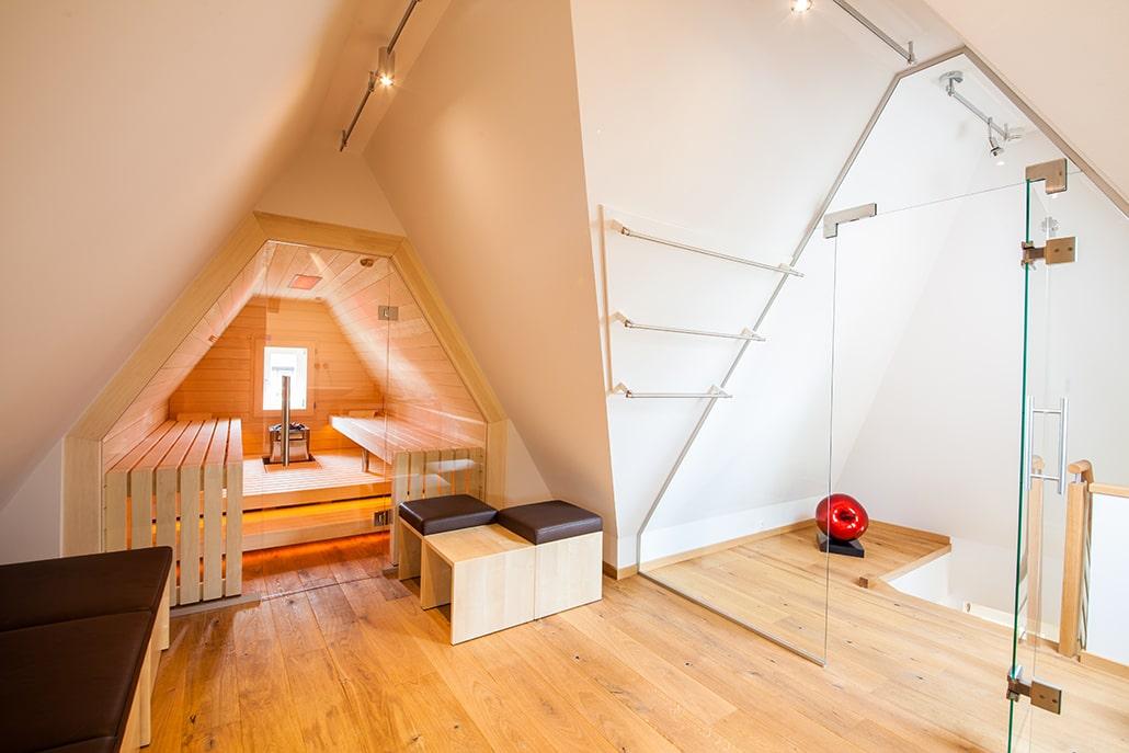 Individuelle Sauna Dachschräge