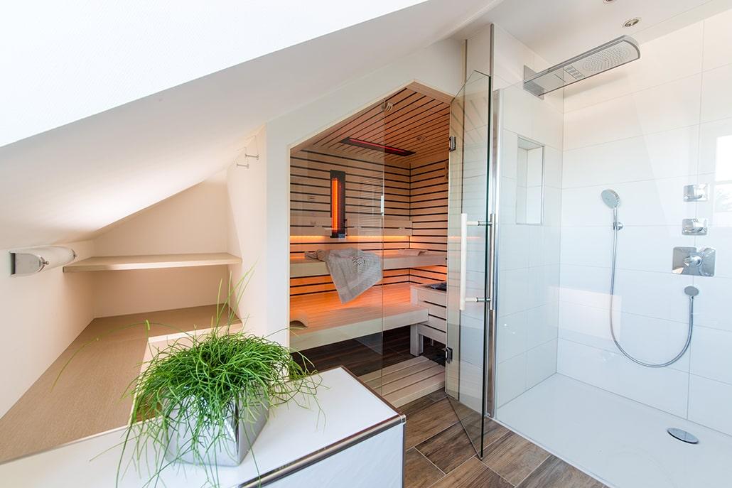Sauna Dachschräge im Bad
